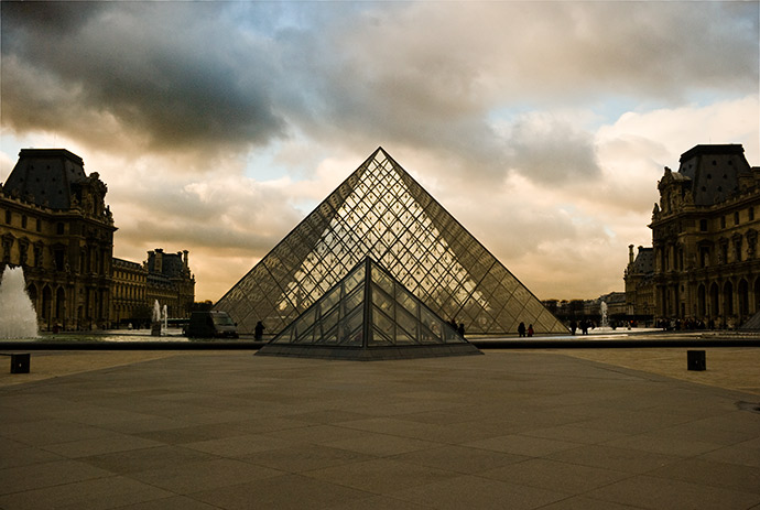 Louvre-small
